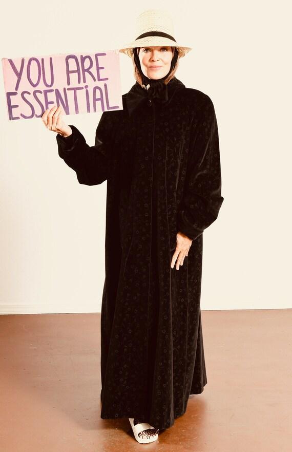 RESERVED for LISA/ Vintage Velvet Overcoat/ de bal