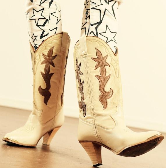 DINGO/ Vintage Dingo Cowboy Boots/ White Cowboy Bo