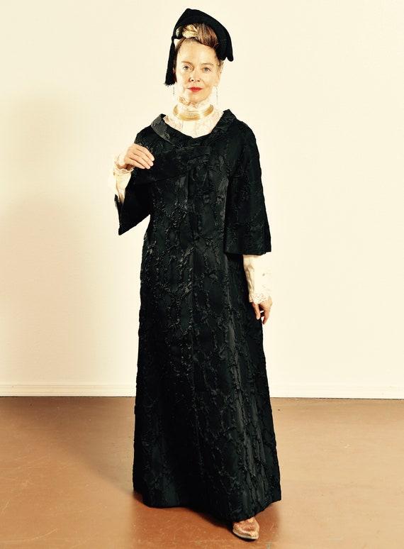 1960's Opera Cloak/ Vintage Goth Cloak/ Vintage Op