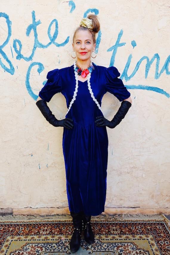 Gunne Sax Dress/ Jessica McClintock Dress/ Gunne S