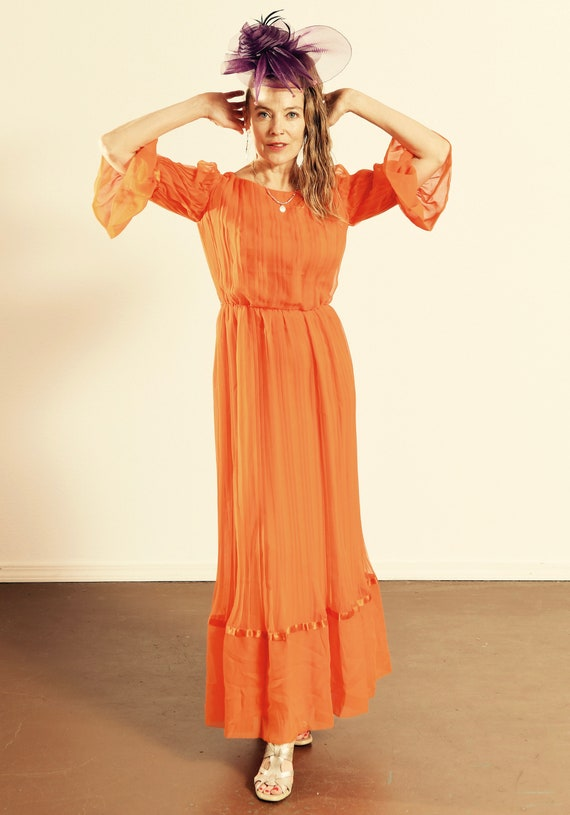 Carrie Couture/ Vintage Chiffon Prom Dress/ 70's C