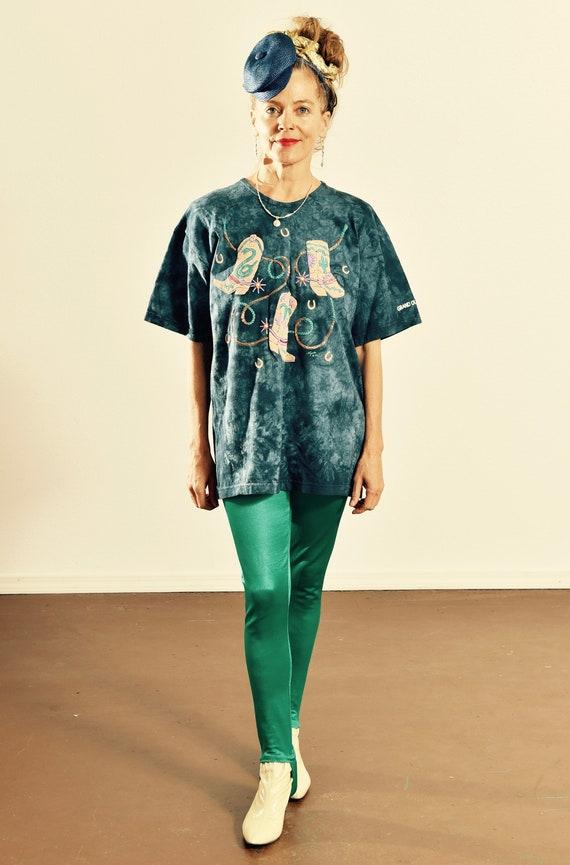 Grand Ole Opry T-shirt/ Cowboy Boot T-shirt/ Cowbo