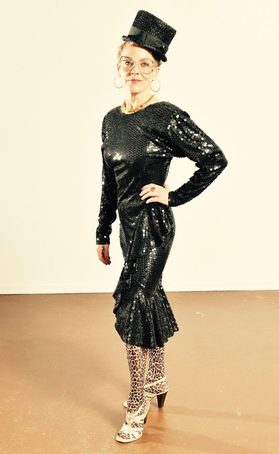 OLEG CASSINI/ Oleg Cassini 80's Black Sequin Dress