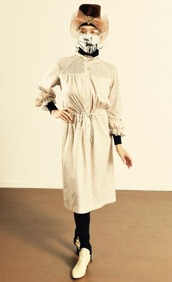 It's A Lehigh/ 70's Ruffle Dress/ 70's Secretary D