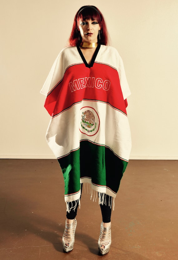 Mexican Flag Poncho/ Mexican Poncho/ Free Size