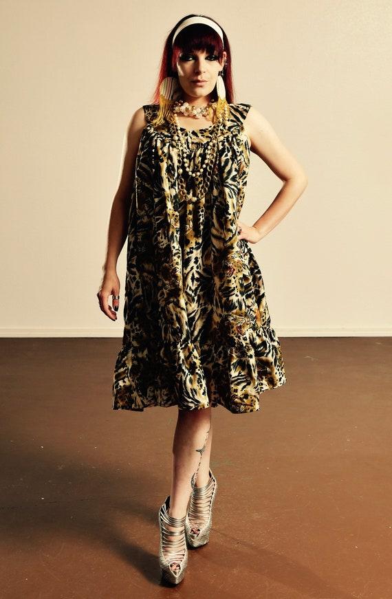 Leopard Print MuuMuu/ Curve Plus Size Leopard Dress/ Vintage Muu Muu/ Size  1X