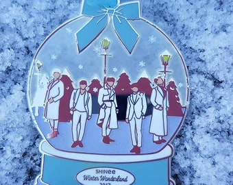 """SHINee """"Winter Wonderland"""" Stained Glass Christmas Ornament"""