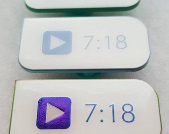 "Taemin ""7:18"" Bubble Prank Pin"