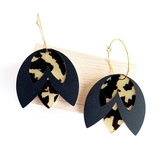 Acrylic Tulip Hoops - Matt Black + Light Leopard