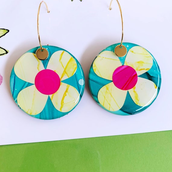 Contrast Daisy Ink + Resin 3.5cm Gold Hoop Earrings