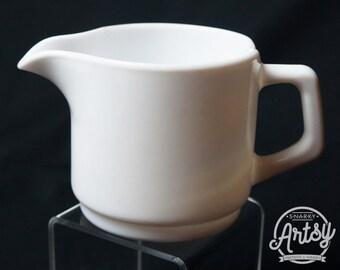Arcopal France Restaurantware Creamer, Milk Glass