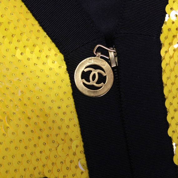 Chanel 90s yellow sequined Jacket - image 5