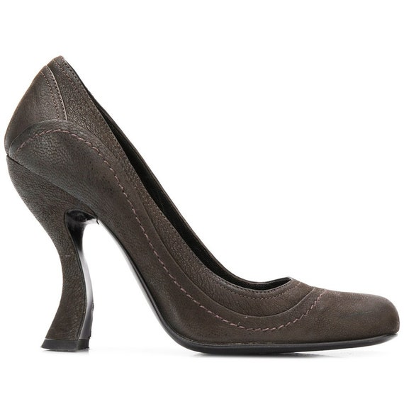 Prada 90s brown pumps