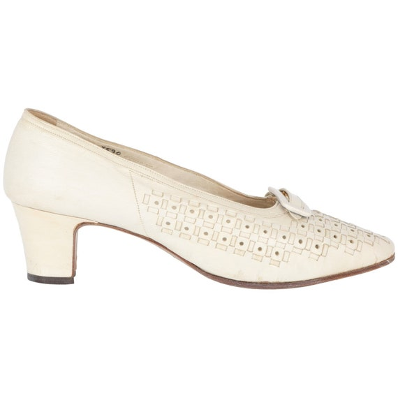 Taverna 50s white shoes