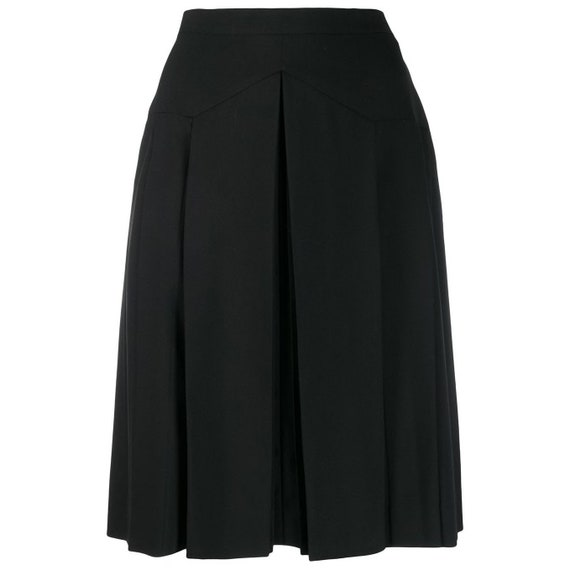 Chanel 90s pleated black skirt