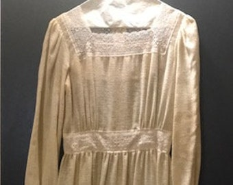 Handmade Vintage European Linen & Lace Dress