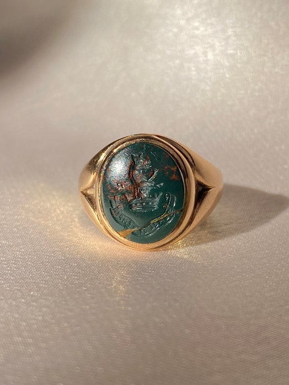 Antique 9k Intaglio Crest Bloodstone Signet Ring