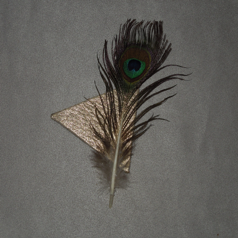 holiday St senza spilli\u2122 handcrafted magnetic broochtie ornament Patrick shamrock