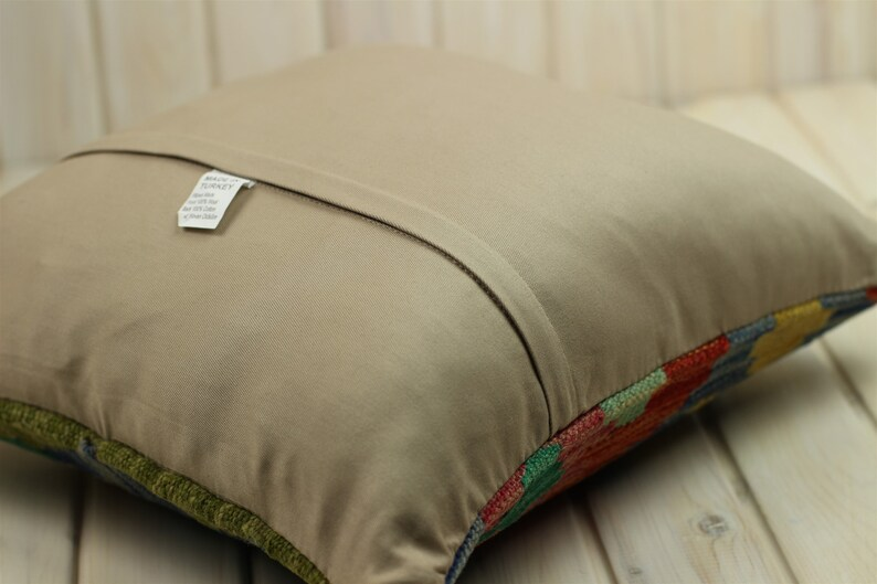 Vintage Boho Rustic Decor Kilim Pillow Cover Oriental Design Moroccan Style 16*16in Bohemian Decor Persian Style Handspun Wool Rug Cushion