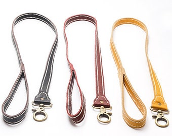 Leather handcrafted dog lead
