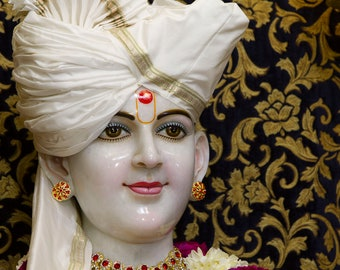 Handmade marble lord sawaminath statue