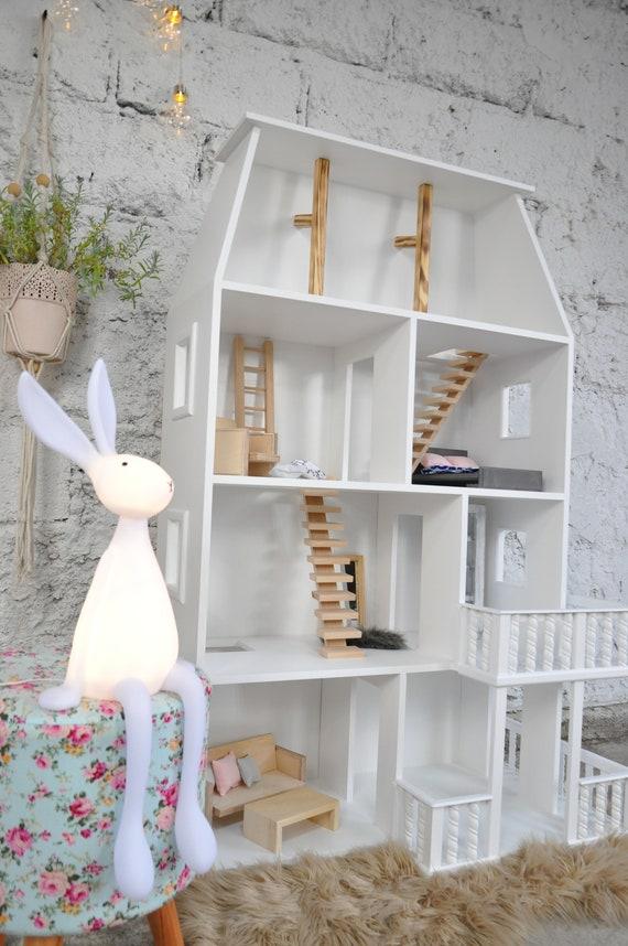 Unikatowy domek dla lalek Elizabeth