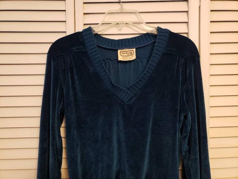 Vintage teal blue v-neck sweater crushed velvet Size Medium