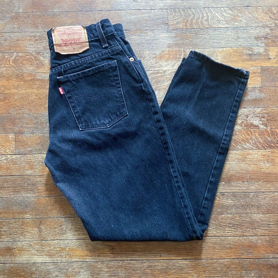 Highwaisted Black Vintage 1990's Levi's Jeans