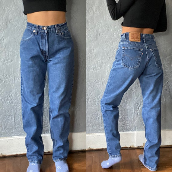 Vintage 1990's Women's Levi's Highwaisted 550 Jean