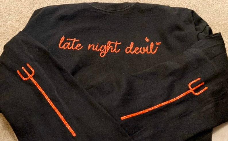 Late Night Devil 5SOS 5 Seconds of Summer Teeth