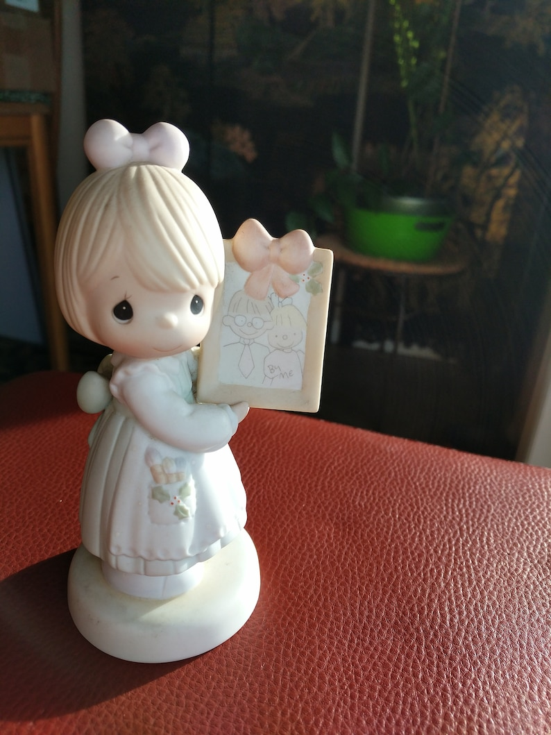 To a Very Special Mom /& Dad 1991 Vintage Precious Moments Figurine