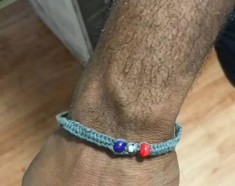 Friendship bracelets with or without beads