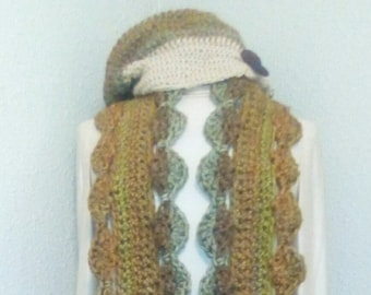 Scalloped edged Scarf with matching slouch hat