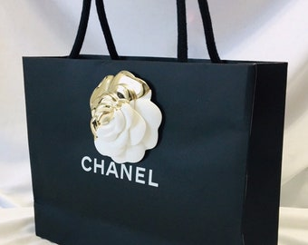 ee27f96e8b2c Chanel Current Camelia Brooch Tote Gift Paper Bag