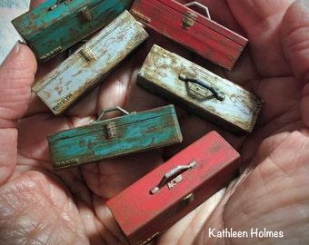 Dollhouse Miniature Old Rusty Toolbox