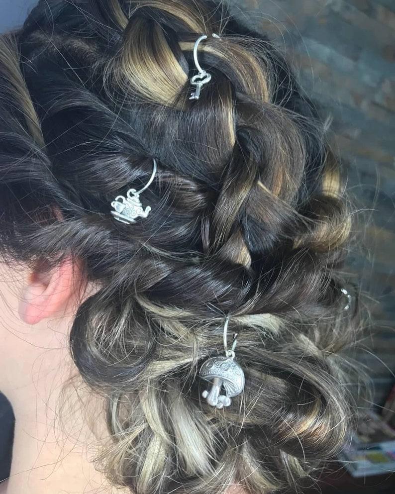 Alice in wonderland hair rings
