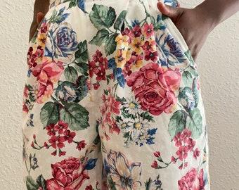 Floral Vintage Short
