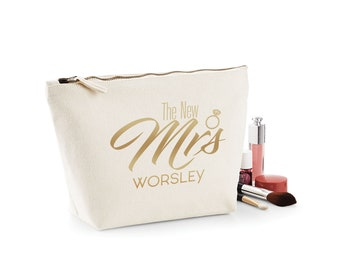 Personalised The New Mrs Make-Up Wash Bag Toiletries Accessory Purse Bag Bride Wedding