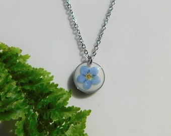 Dainty Botanical Necklace on 20inch chain