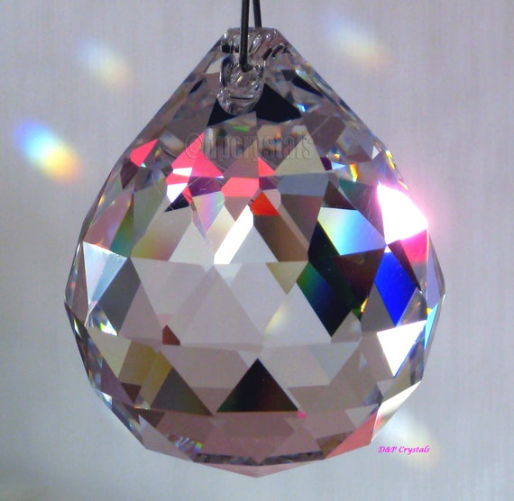 Hanging Crystal Sun Catcher Feng Shui Rainbow Prism Mobile Wind Chime 50mm Pear
