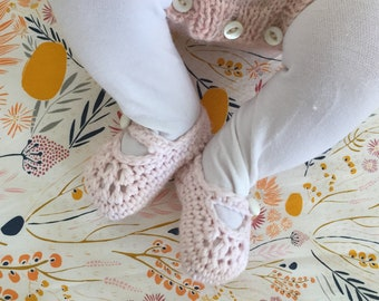 crochet baby booties mary janes made with organic cotton