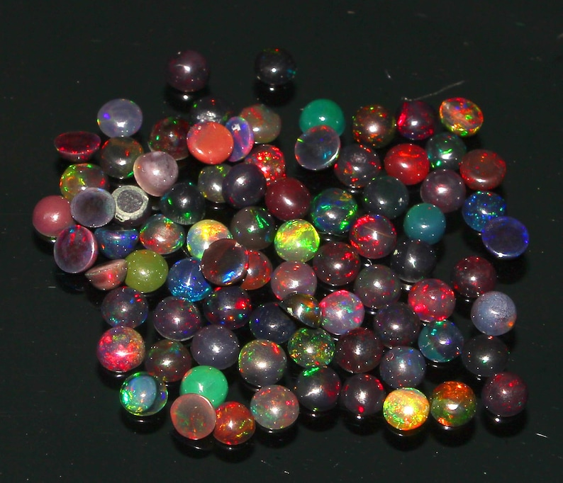 Top Quality Natural Untreated Ethiopian Welo Fire Black Opal 4 MM Smooth Plain Round Shape Cabochons 80 Pcs Lot,Loose Gemstone Fabulous