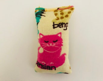 Organic catnip mini pillow toy