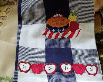 Machine Embroidered All American Apple Pie Hand Towel