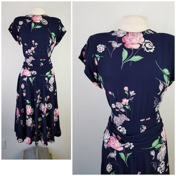 Vintage 1940s Size S navy rose print rayon dress w