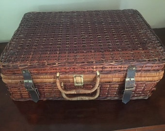 Large Plaid-Lined Wicker Picnic Basket with Leather Straps-Includes Flatware