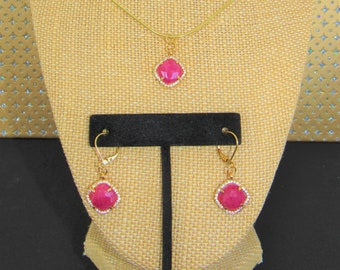 Red Aventurine Pendant,Necklace Earring Set,Red Aventurine Pendant,CZ Bezel Gemstone Pendant,Red Aventurine Cushion Cut,Leverback Earrings,