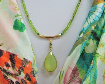 Faceted Peridot Necklace,Green Chalcedony Stone,20 inch necklace,Genuine Gemstone,Peridot Bead,Gold Bezeled Stone,August birthstone,Peridot
