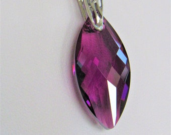 Swarovski Purple Pendant,Faceted grape purple,Sterling Silver bail,Stainless cable chain,Fine Crystal,Swarovski Crystal,Purple Point Pendant