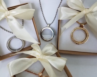 "Lockets Pendants,FOREVER MOM, Outer 35mm, inner 27mm,  30"" matching chain, Gold, Silver, Rose Gold, w/crystals,Silver no crystals"